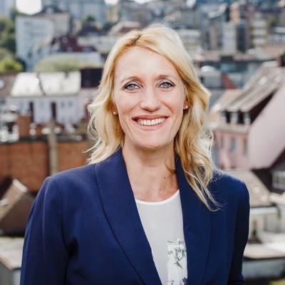 Christine Schönhuber