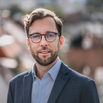 Dr. Martin Knauer