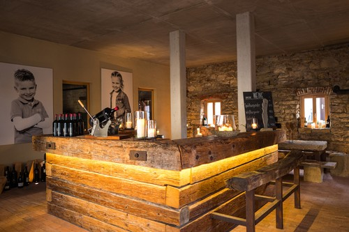 Wein-Lounge im Winzerhof Keller