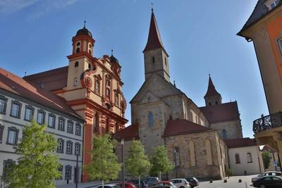 Ellwangen_Marktplatz mit Basilika